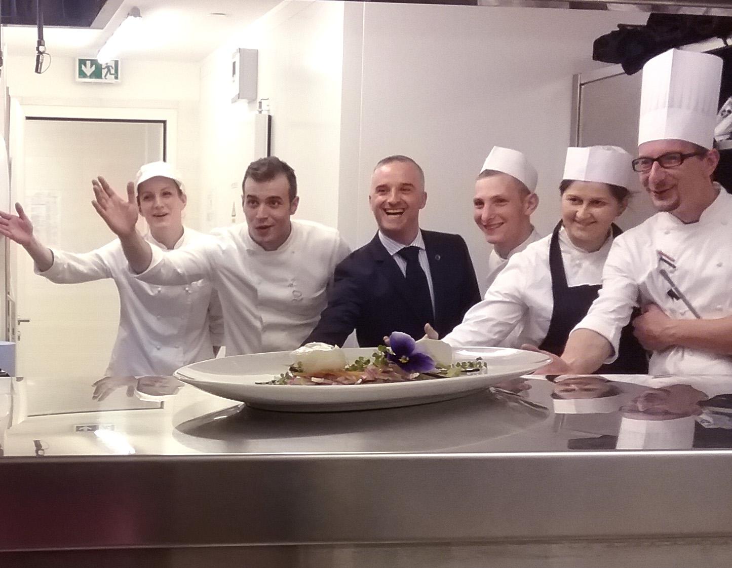 Lussino hotel da sogno nell isola della vitalita club magnar ben - Brigata di cucina ...