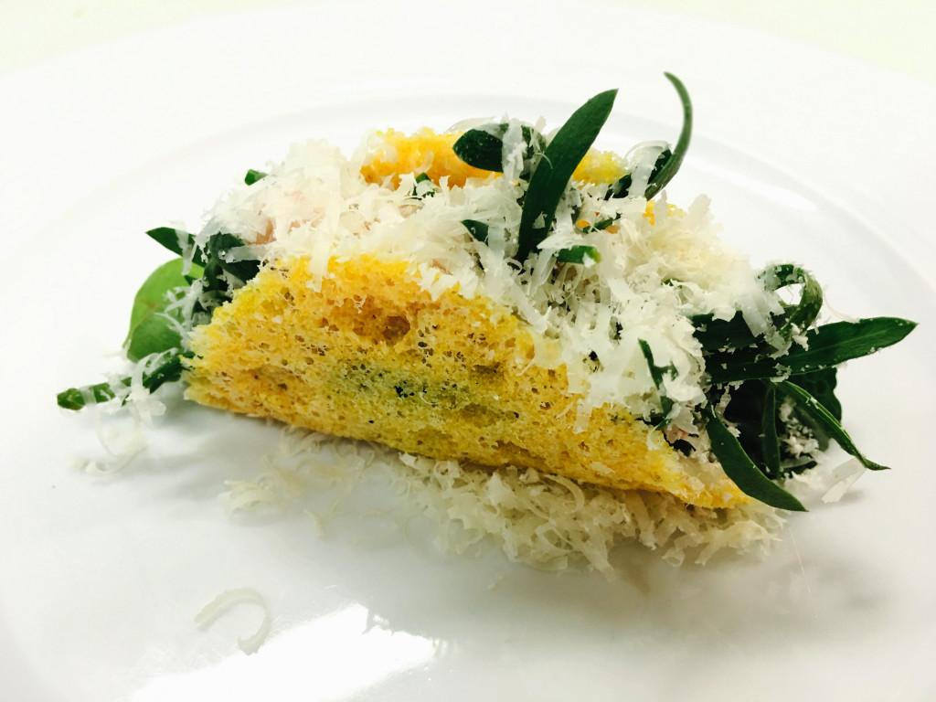 tacos-di-parmigiano-reggiano-con-erbe-di-barena-finocchio-di-mare-salicornia-linularia-spinacio-di-mare-olio-evo-gardesano-e-qualche-goccia-di-aceto-di-vino-di-maurizio-potocnik