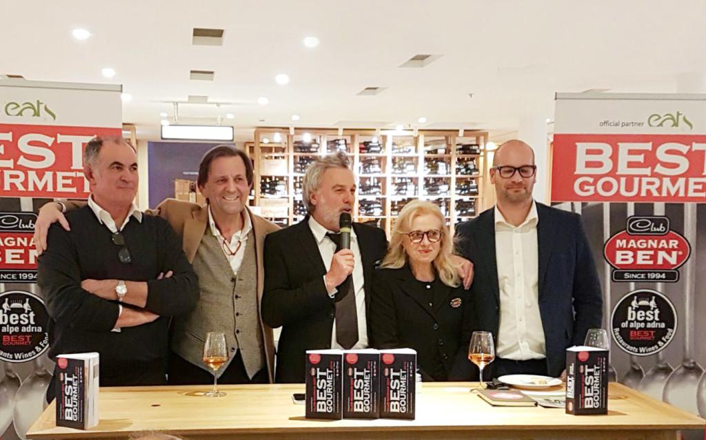 Nella fotografia da sinistra a destra: Prf. Vittorino Gallo, Ivan Uanetto Trattoria da Nando, Marisa Cartotto, Samuele Ronchin